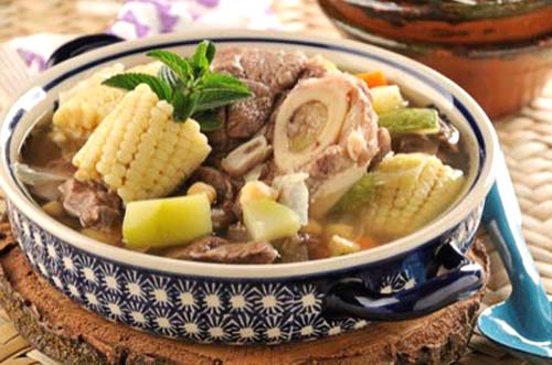 Puchero comida peruana