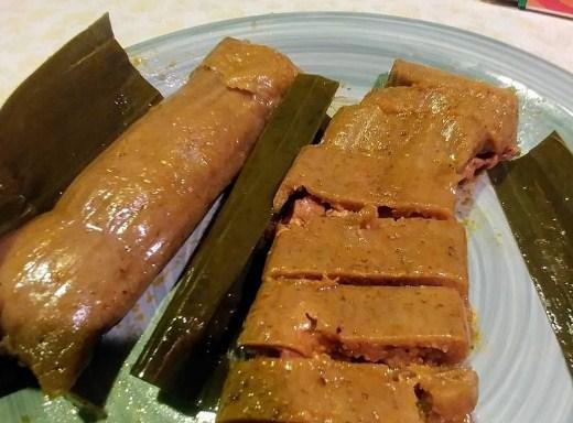BACAN/tamales  (caseros de platano)
