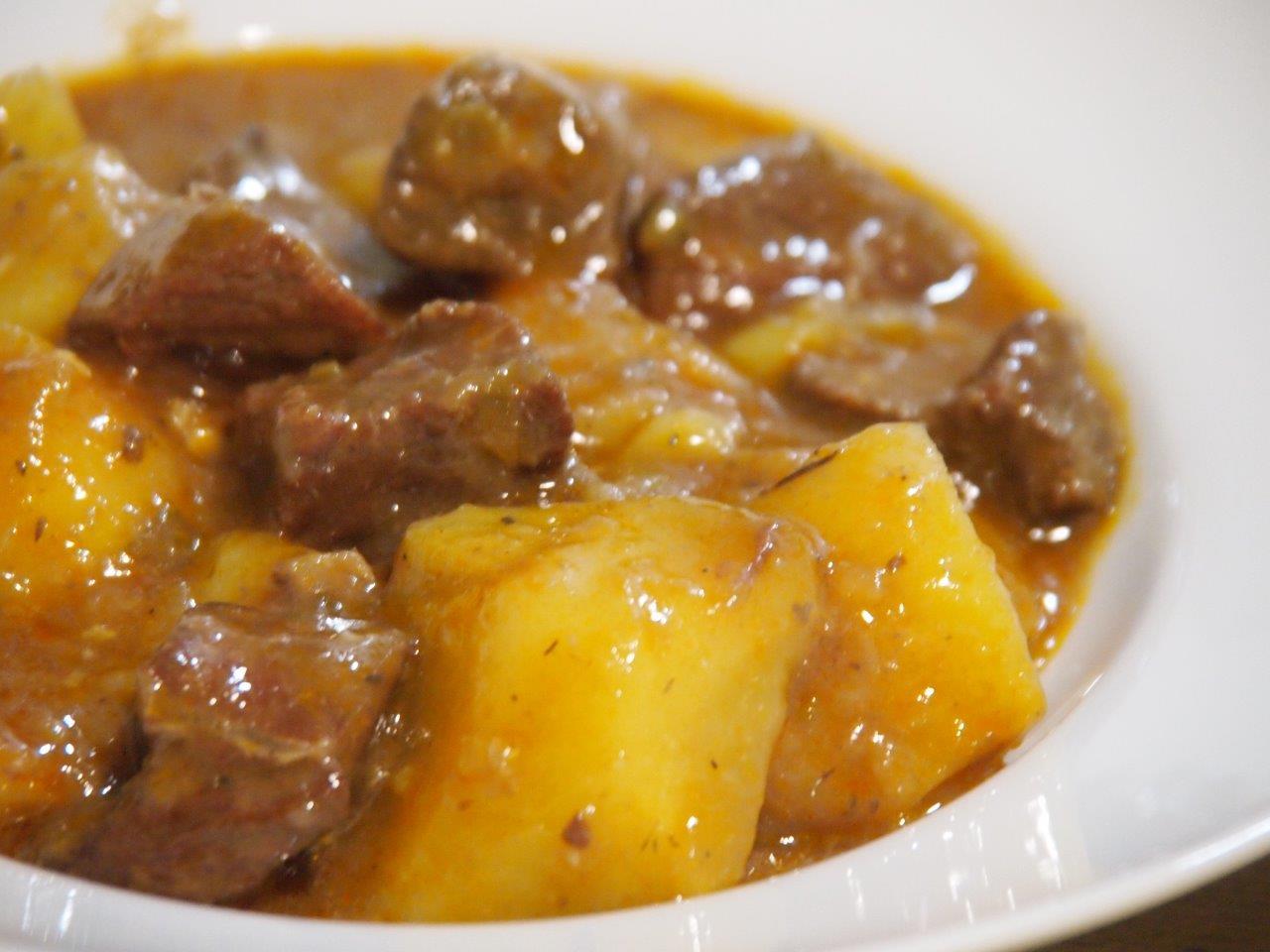 carne con patatas receta