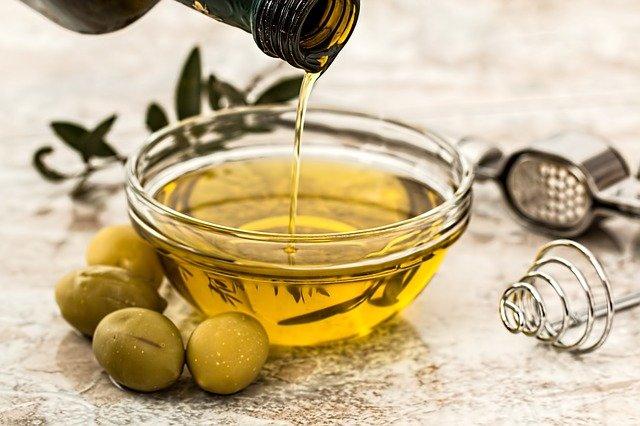 La importancia de un aceite de oliva virgen extra y de adquirirla online